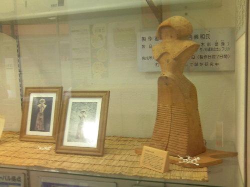 町民手作りの女神像